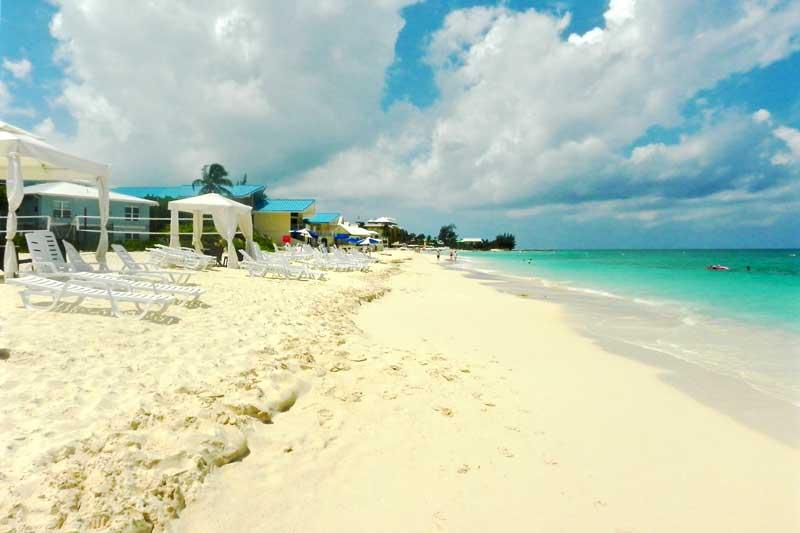 Royal Palms Beach In Grand Cayman