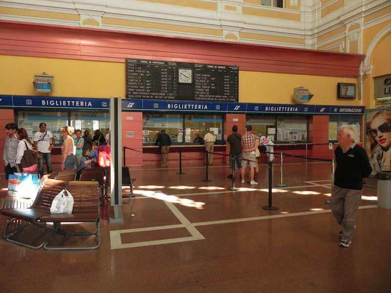 Photo of Livorno's Railway Station